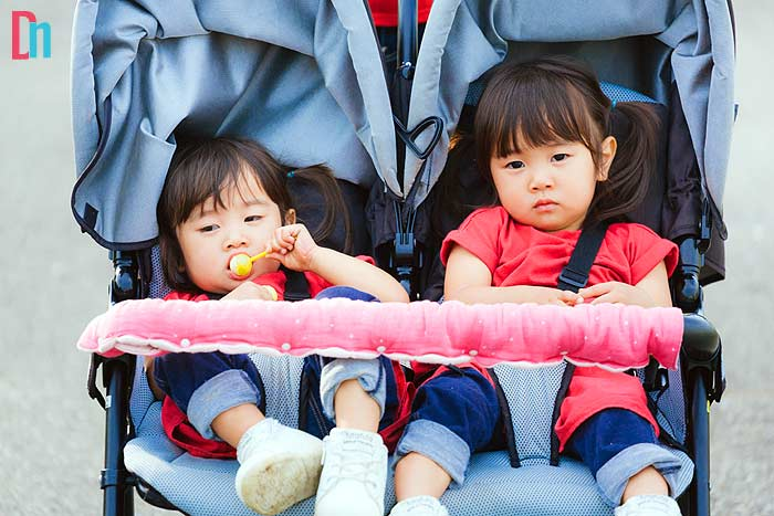 What to look for in best double stroller for travel?